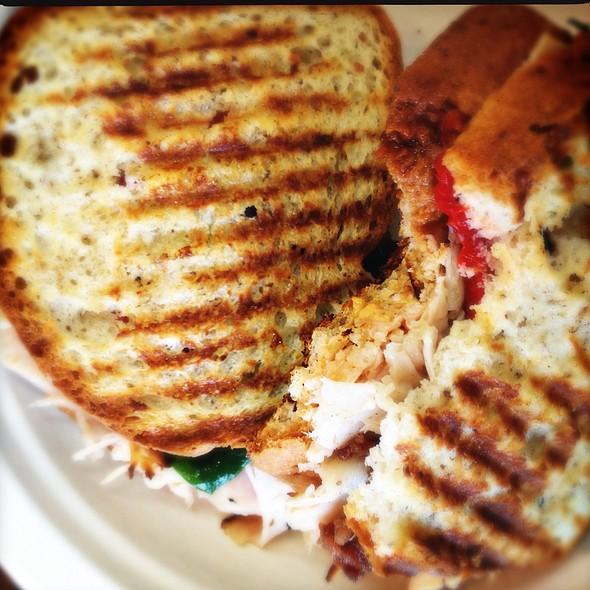 Gf Sandwich (Turkey, Peppers)