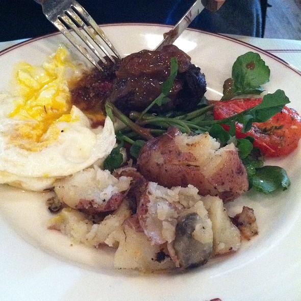 Steak and Eggs @ Gaslight