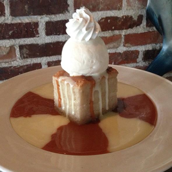 New York Cheesecake - Landry's Seafood House - Las Vegas, Las Vegas, NV
