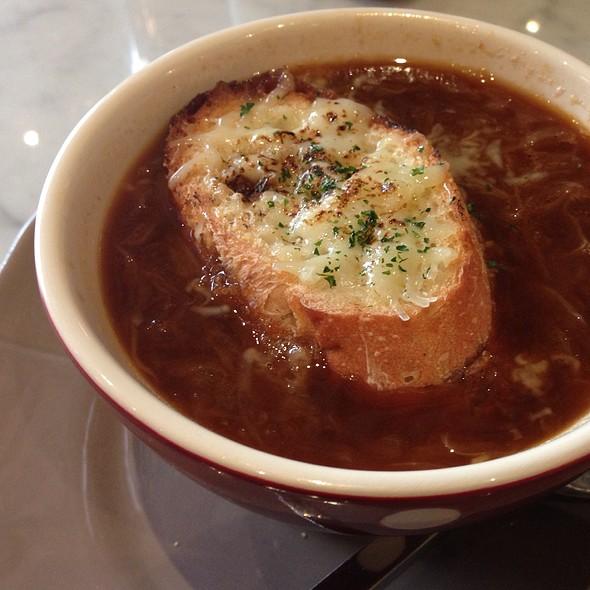 Onion Soup @ CALIN Café   8Thonglor