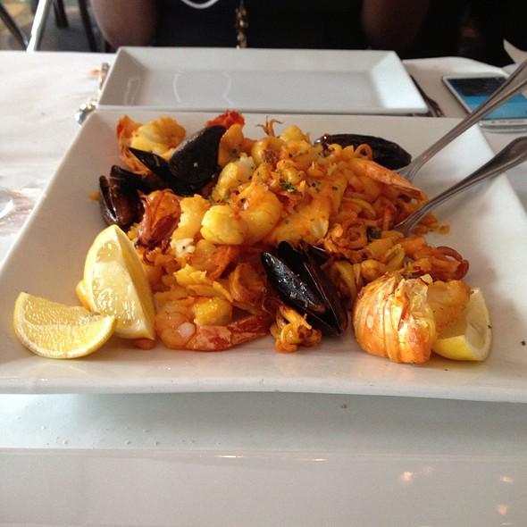 Parrillada - Fifi's Seafood Restaurant, Miami Beach, FL