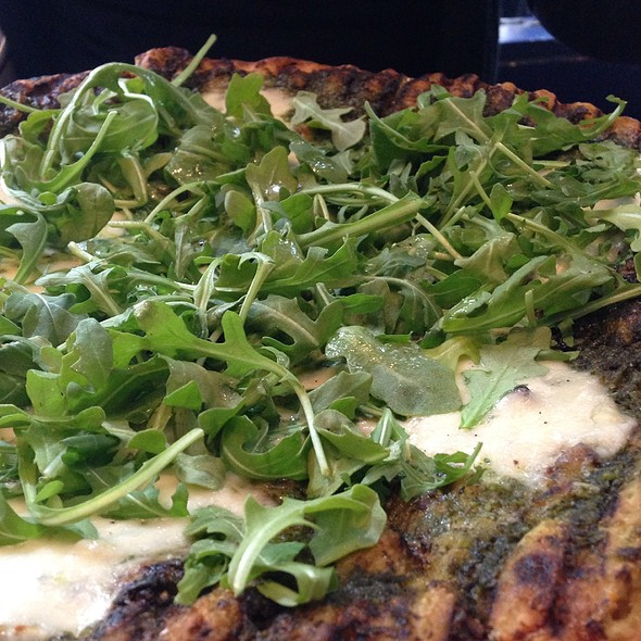 Pesto And Arugula Pizza