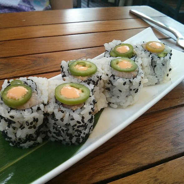 Spicy Yellowtail Roll @ Toku