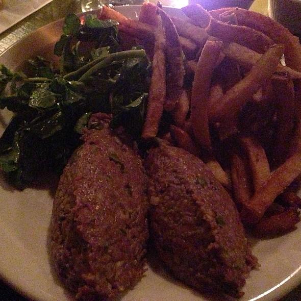 steak tartare @ Cafe Presse