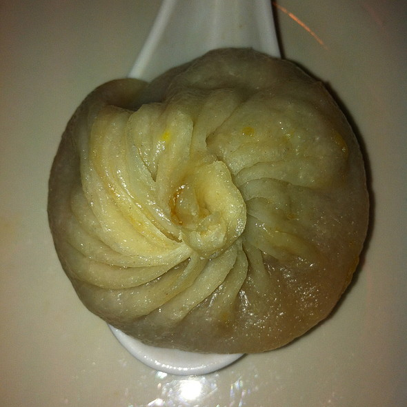 Pork Soup Dumpling @ Joe's Shanghai Restaurant