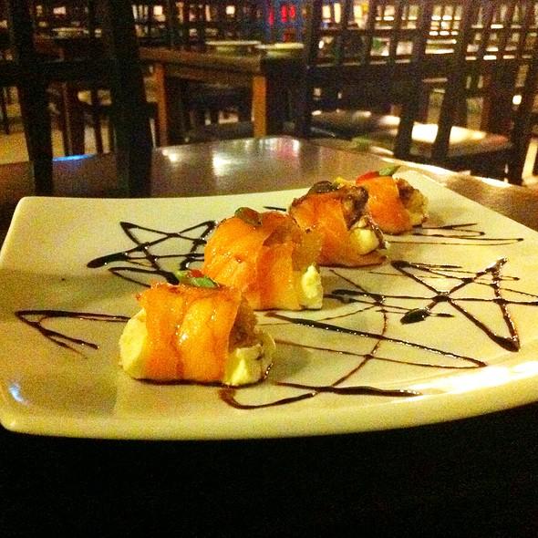 Manhattan Sushi Roll @ Monte Fuji Sushi Grill