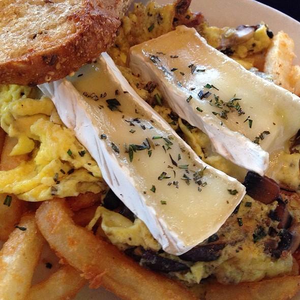 Mushroom & Brie Scramble - Z Grille, St. Petersburg, FL