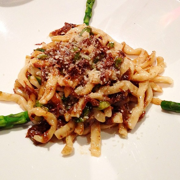 Bigoli Pasta with Braised Oxtail and Asparagus @ Donato Enoteca