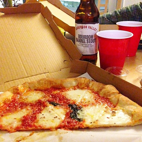 New tradition, Pizza and Beer Thursdays @ Mission Bay Housing at UCSF (North Tower)