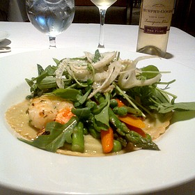 shrimps and sweet pea ravioli