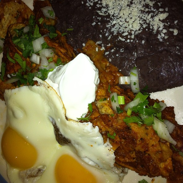 Chilaquiles @ Zapatista