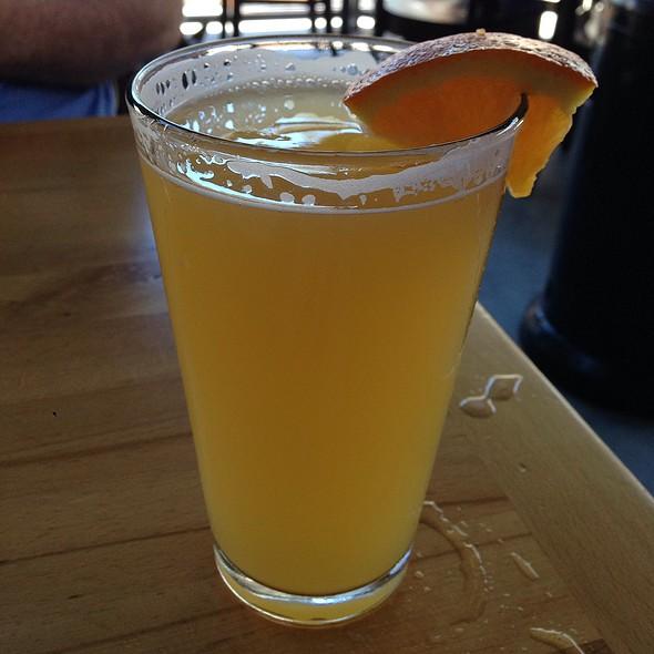 Hanger 24 Orange Wheat Beer @ Blue Line Pizza