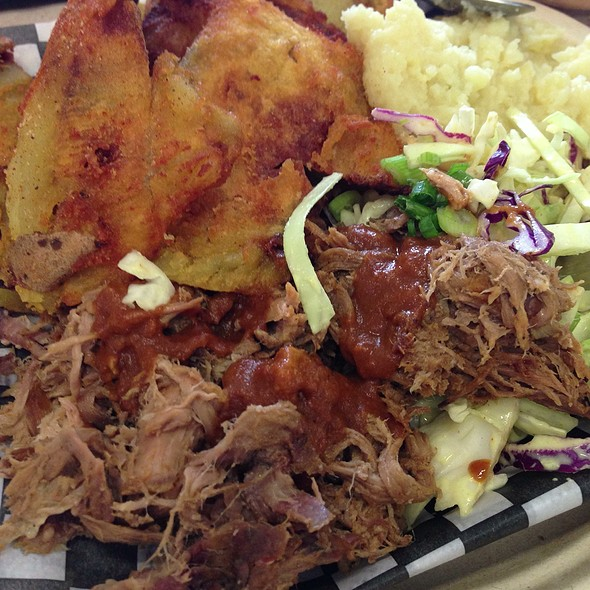 Pulled Pork Platter With Housemade Chips & Dip & Buttermilk Mashed Potatoes & Coleslaw @ RE-UP BBQ at RIVER MARKET