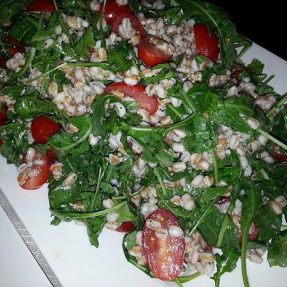 Arugula spelt and barley salad @thebibo