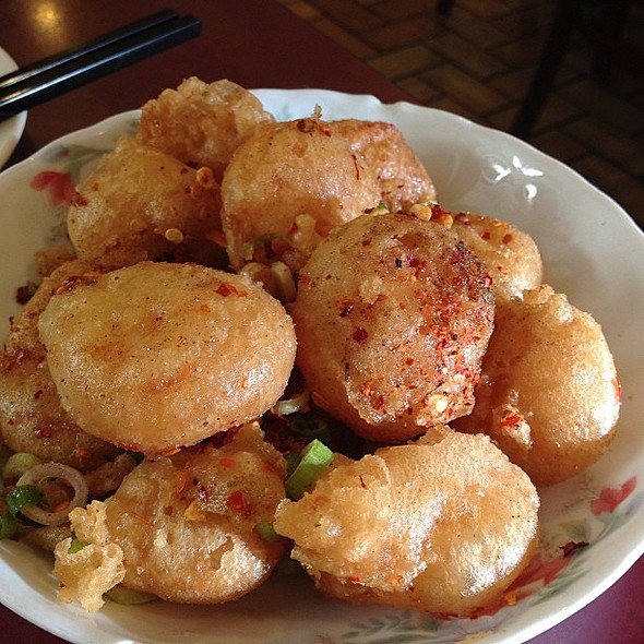 Fried Prawns with Spicy Salt @ Fat Wong's Kitchen (靚粥一世)