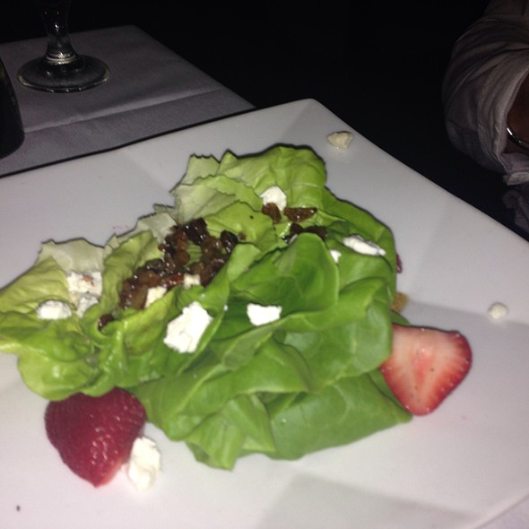 Hydroponic Butter Lettuce With Strawberries, Goat Cheese, Warm Butter Pecan Dressing - Firefly - Panama City Beach, Panama City Beach, FL
