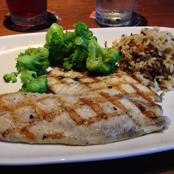 Wood-Grilled Fresh Tilapia with broccoli and wild rice pilaf part of