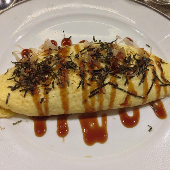 omelette rice @ Niji Bistro, Noritake - Gifts
