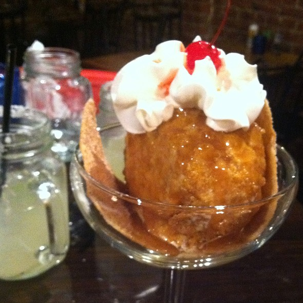 Fried Ice Cream @ Binni & Flynn's