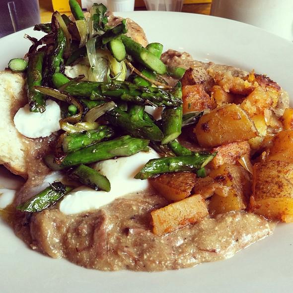 Easter Brunch Special @ Shorty's Sunflower Cafe