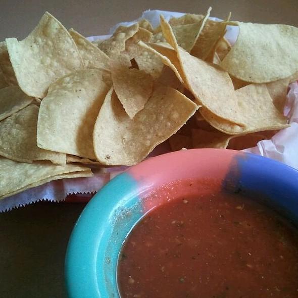 Chips & Salsa @ El Cozumel