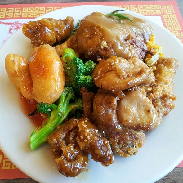 Chinese Buffet @ Canton Delight