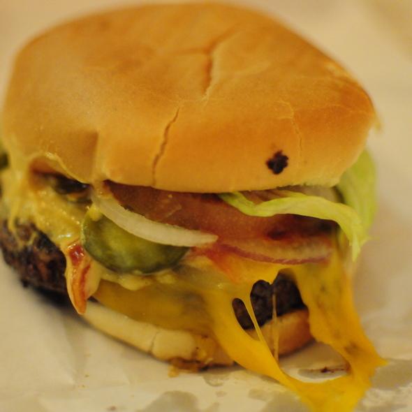 Cheeseburger @ Burger Joint at Le Parker Meridian