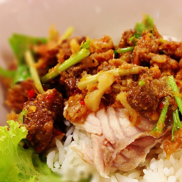 ข้าวแห้งปลา | Old Tradition Fish Over Rice @ Sanan Seafood