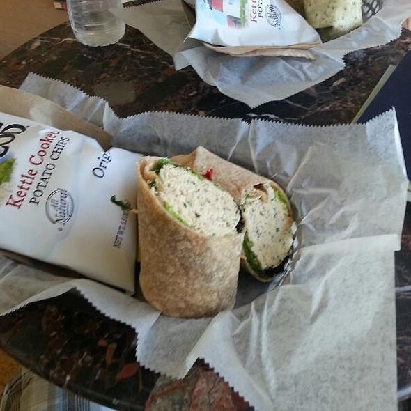 Simply Tuna @ Bean & Leaf Cafe