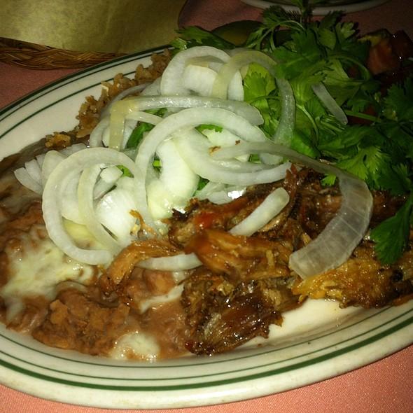 Carnitas @ Lares Restaurant