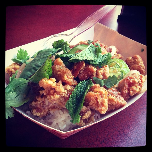 Tori Meshi @ East Side King (at Hole In The Wall)