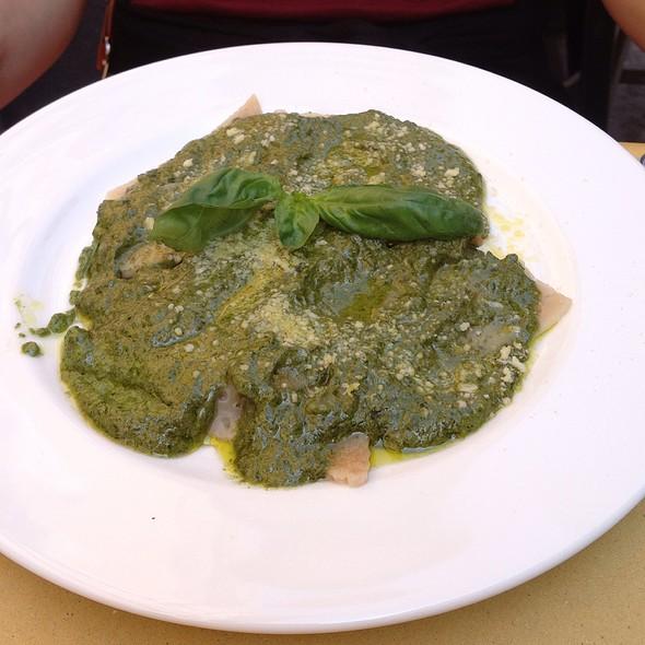 Testaroli Della Lunigiana Al Pesto Genovese @ Ditirambo