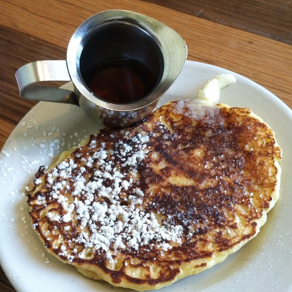 Lemon And Ricotta Pancakes @ Plow