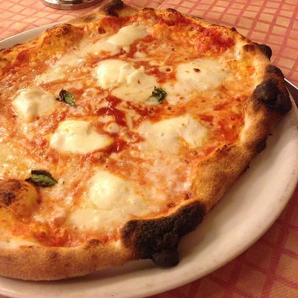 Pizza @ Agli Emeritani