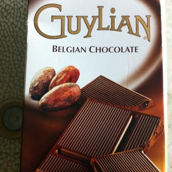 cacao bean @ The Foodspotting Holiday Spotathon