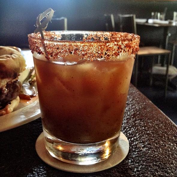 Ten Dollar Cocktail @ Sparrow Bar + Cookshop