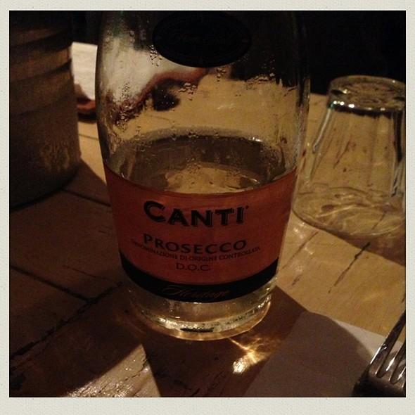 Canti Prosecco Bottle