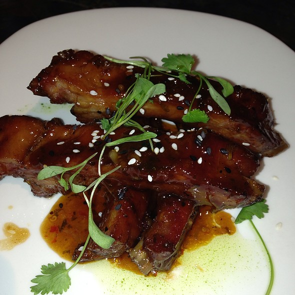 Glazed Smoked Ribs @ The Restaurant At The Cheshire