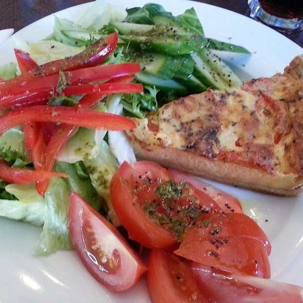 tomato and basil quiche with salad @ Syon deli