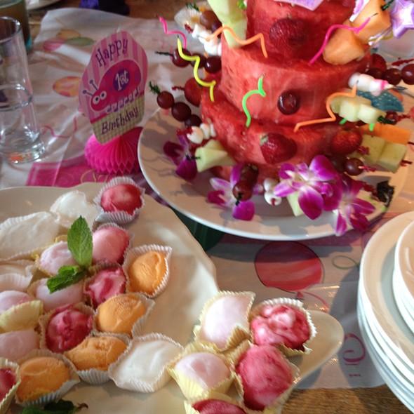 Hari Rubi Birthday Cake @ langosta lounge