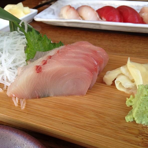 Hamachi Toro Sashimi @ Akiko's Restaurant
