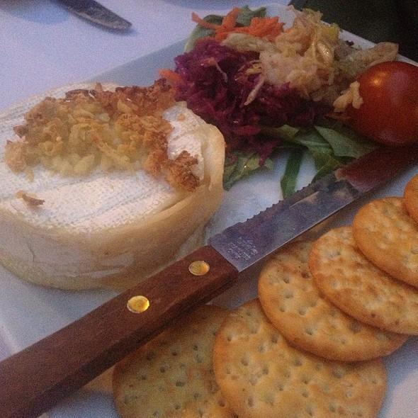 Baked Brie - Teske's Germania Restaurant, San Jose, CA