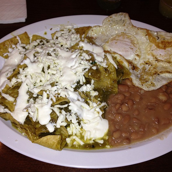 Chilaquiles @ Anita's Taco Shop