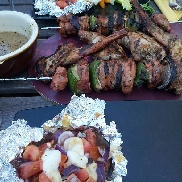 Mixed Grill @ Elenas Kitchen