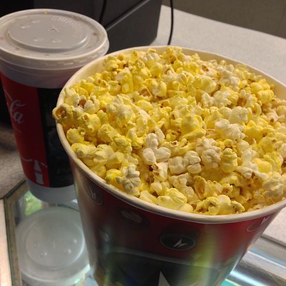 United artist coupon popcorn