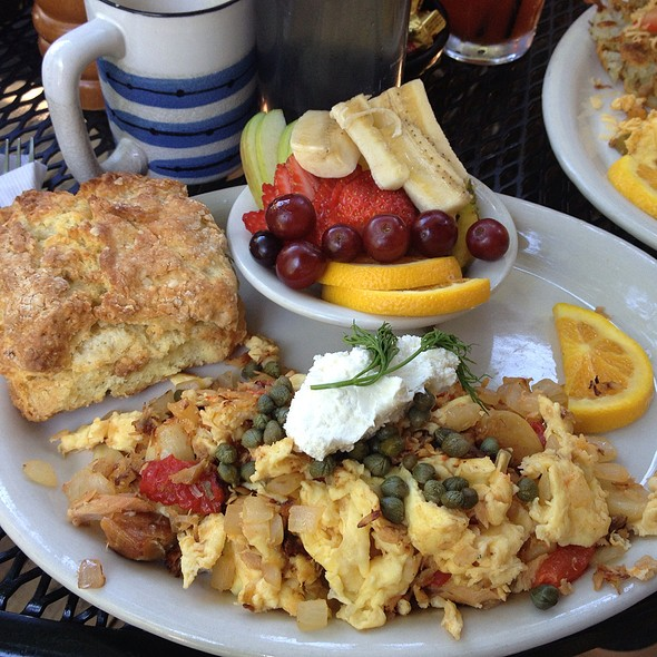 Salm I Am @ Tin Shed garden cafe
