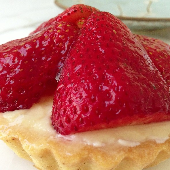 Strawberry Tart @ Stuart's Bakery, Granville Island
