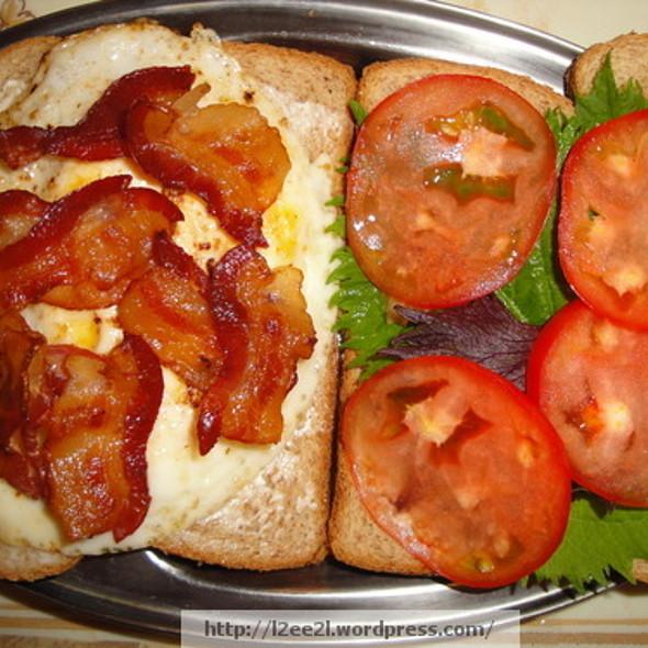 Bacon Egg Shiso Tomato Sandwich @ TheMouse's Sanctuary