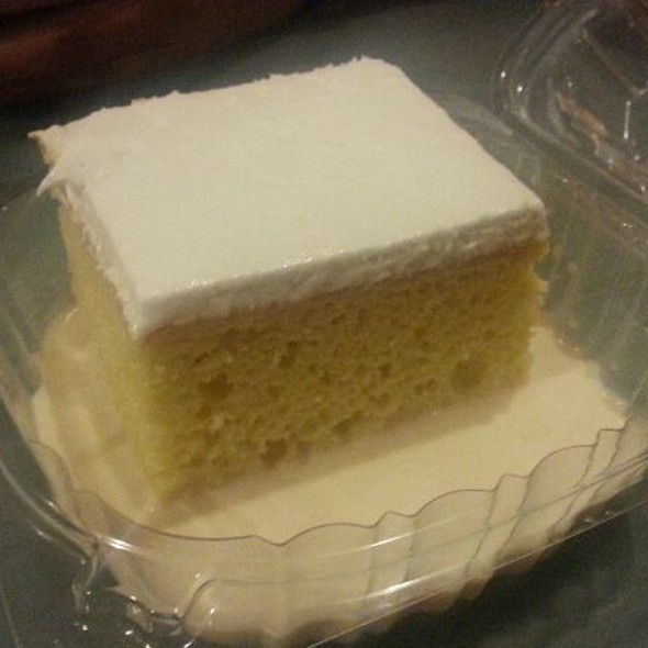 3-Milk Cake @ Iguazu Cafe & Grill