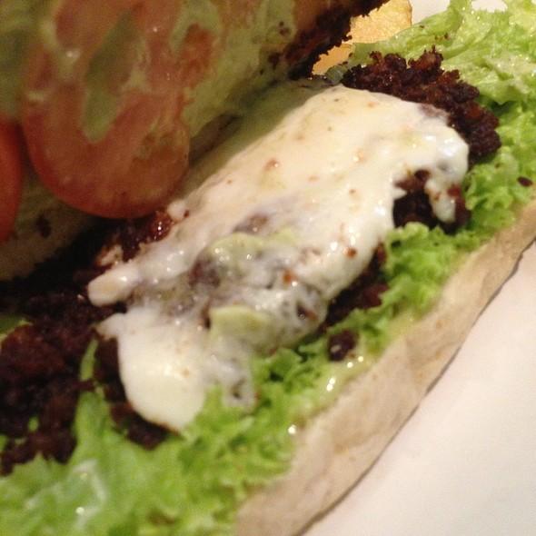 Vigan Longganisa And Kesong Puti Sandwich
